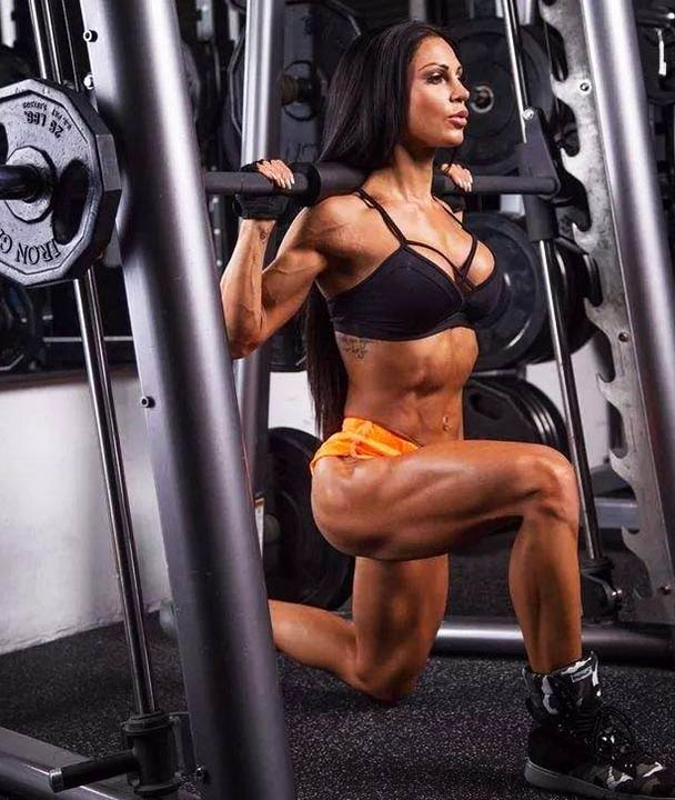 Smith machine squats - legs and core muscles